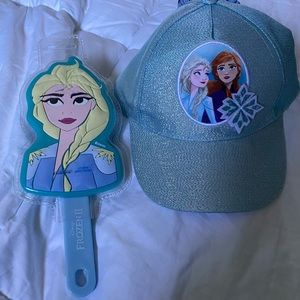 Frozen hat and hair brush set